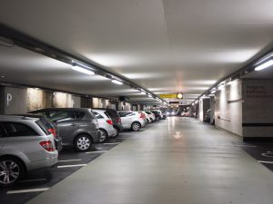 multi-storey-car-park-1271919_1920